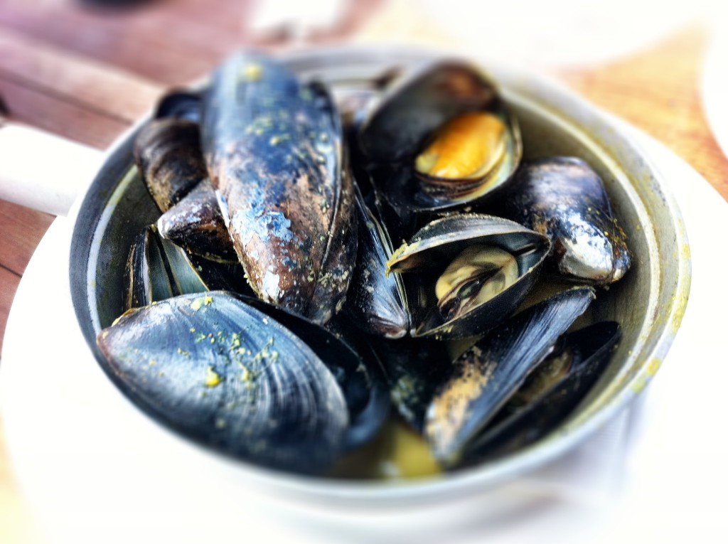 Mussels in Curry Broth - Cardero's
